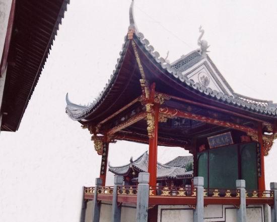 义乌灵威庙戏台